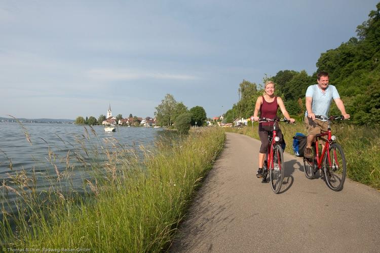 Bodensee-Radweg am Ufer